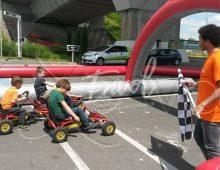 Circuit gonflable avec kartings à pédales