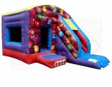Structure gonflable sur le thème des ballons