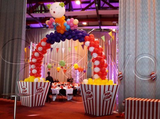 Décoration et mise en scène événementielle sur le thème du cirque