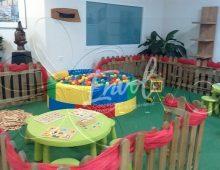 L'espace enfants maternel avec barriere