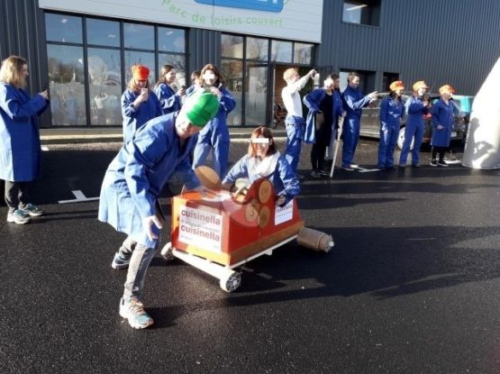 Team building jeux équipe création carton & course ENVOL à Ludi Planet Montaigu