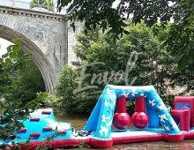 Parcours gonflable aquatique