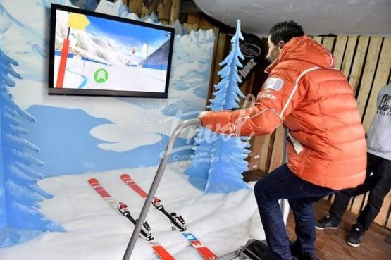 Simulateur de sport d'hiver ski